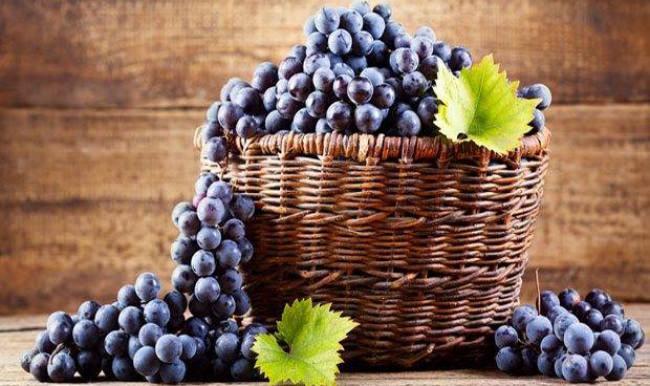 siyah üzümün faydaları